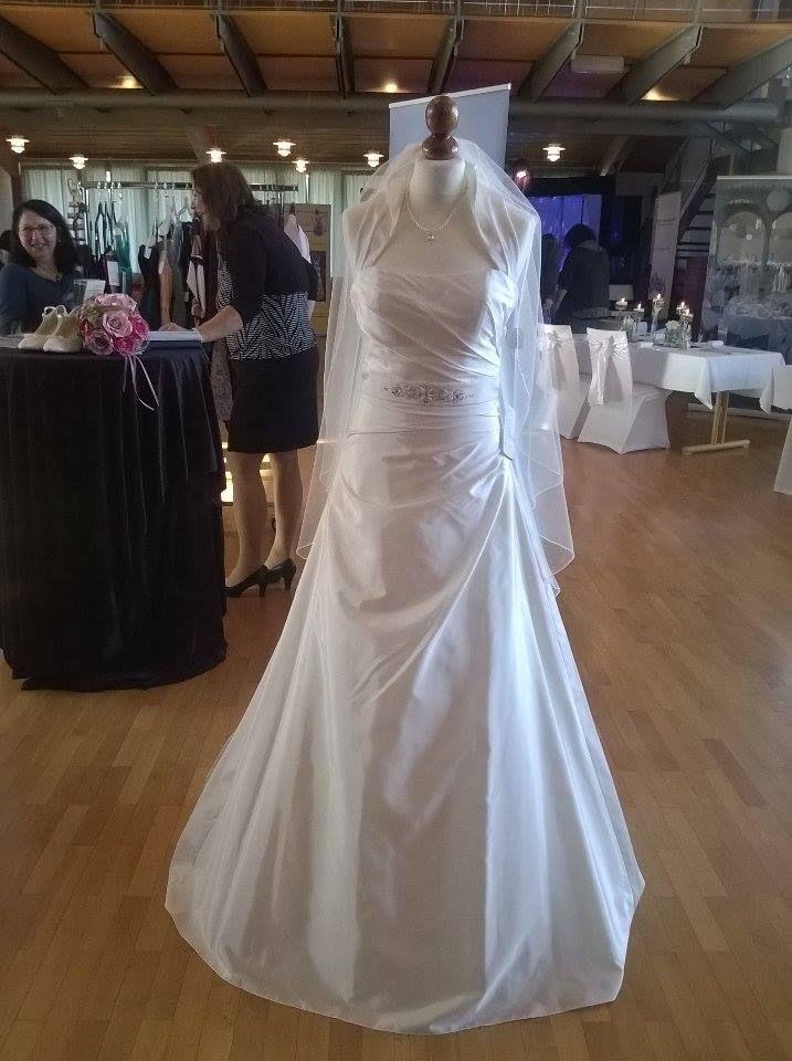 Mein Traum vom Brautkleid gefunden was sagt Ihr dazu? - urbia.de