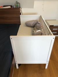 Ikea Sundvik Als Beistellbett Forum Baby Vorbereitung Urbia De